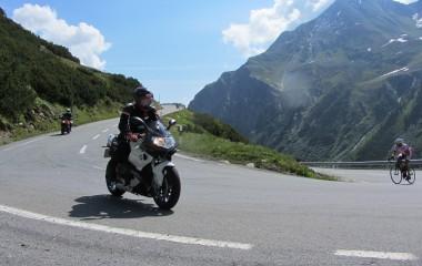 Avantura motocikl